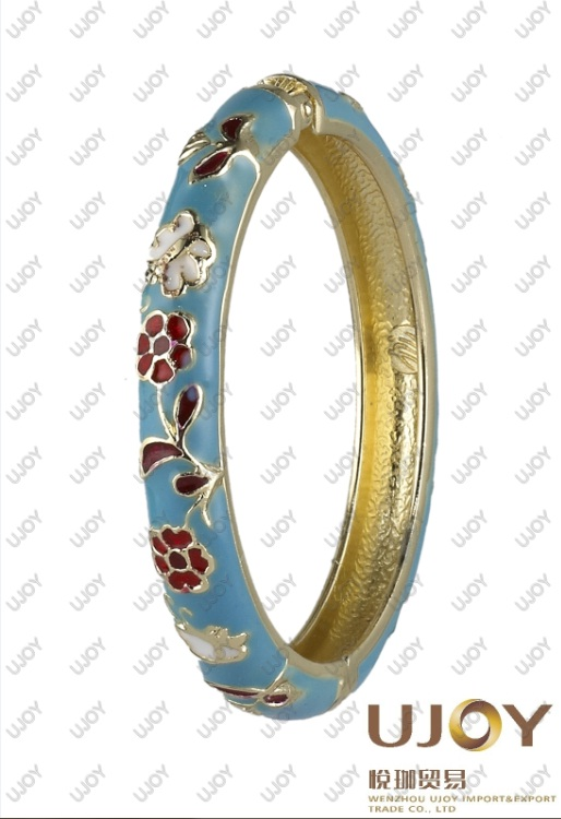 Colorful fashion bangle