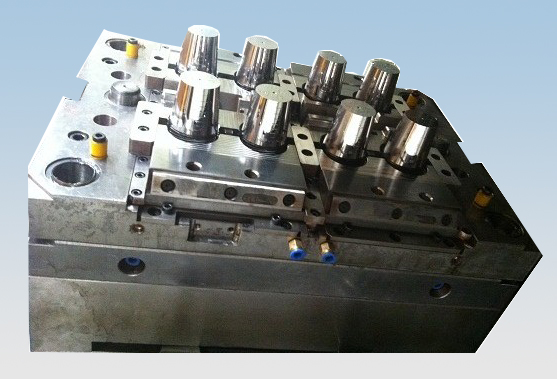 plastic injection molds for laboratory products