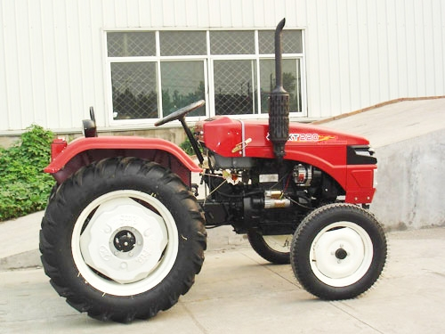 Single cylinder tractor