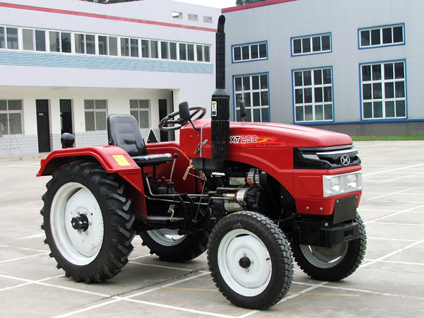 Small and medium-sized tractor