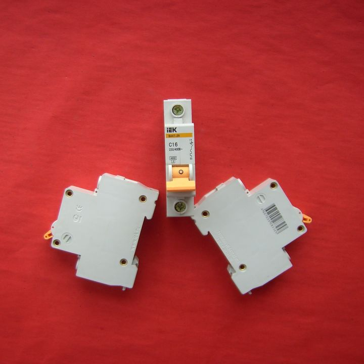 IEK miniature circuit breaker Mini disjuntore