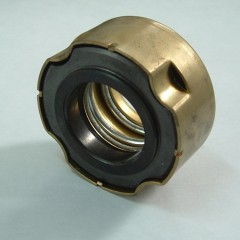 Auto cooling pump mechanical seal