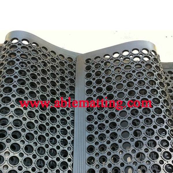 Rubber Anti-fatigue Drainage Floor Mat (used in wet area)
