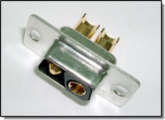 High current connectors for communcation