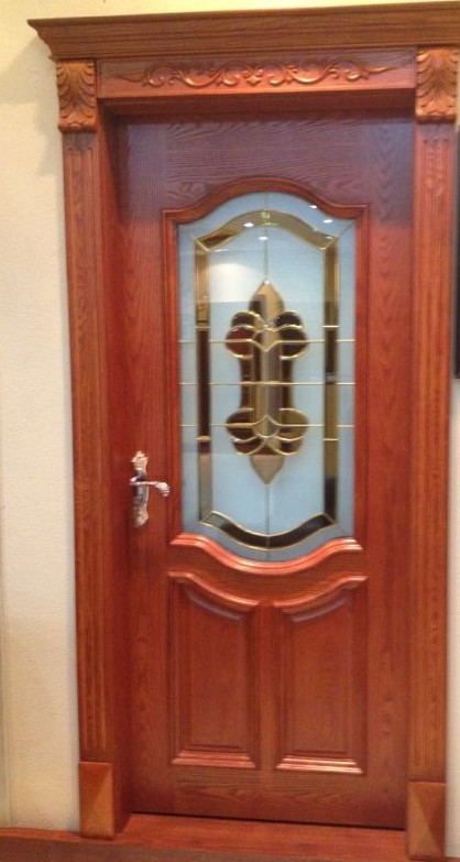 Luxury Hand Carving Durable Solid Wooden Door, Good Look and 2,000 x 800 x 40mm Size