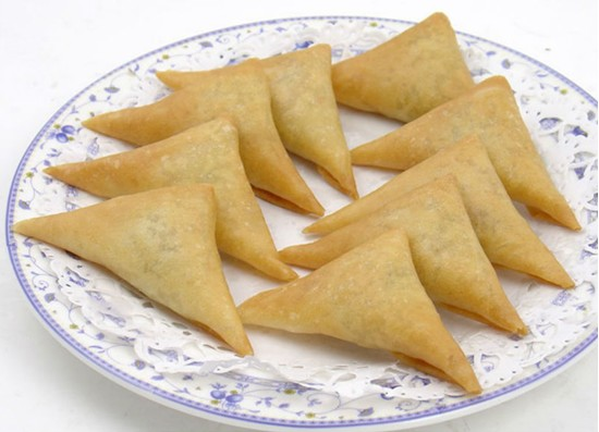 Frozen vegetable samosa