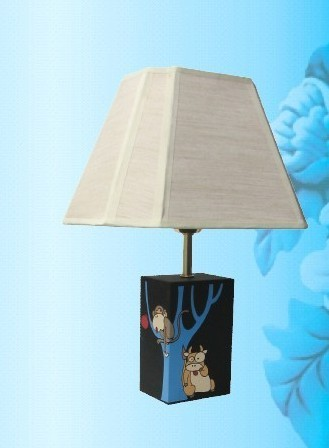 carbon carving table lamp
