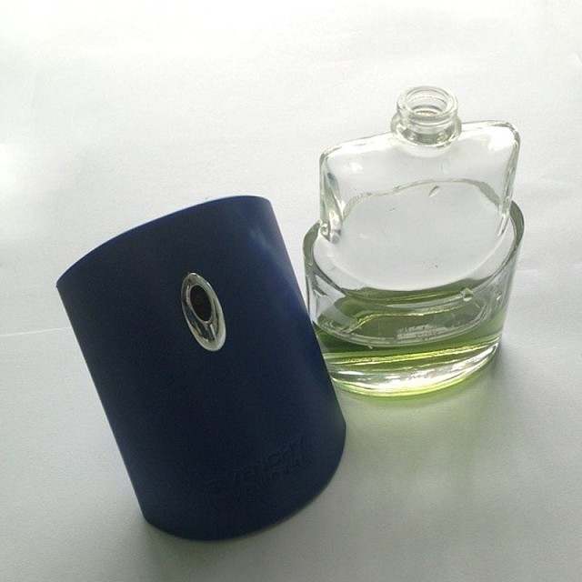 bowknot perfume glass bottle