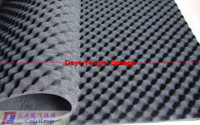 Sound-absorbing foam