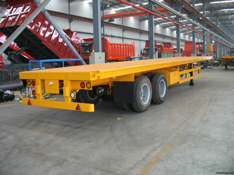 skeletal type container semitrailer/flatbed type container semitrailer