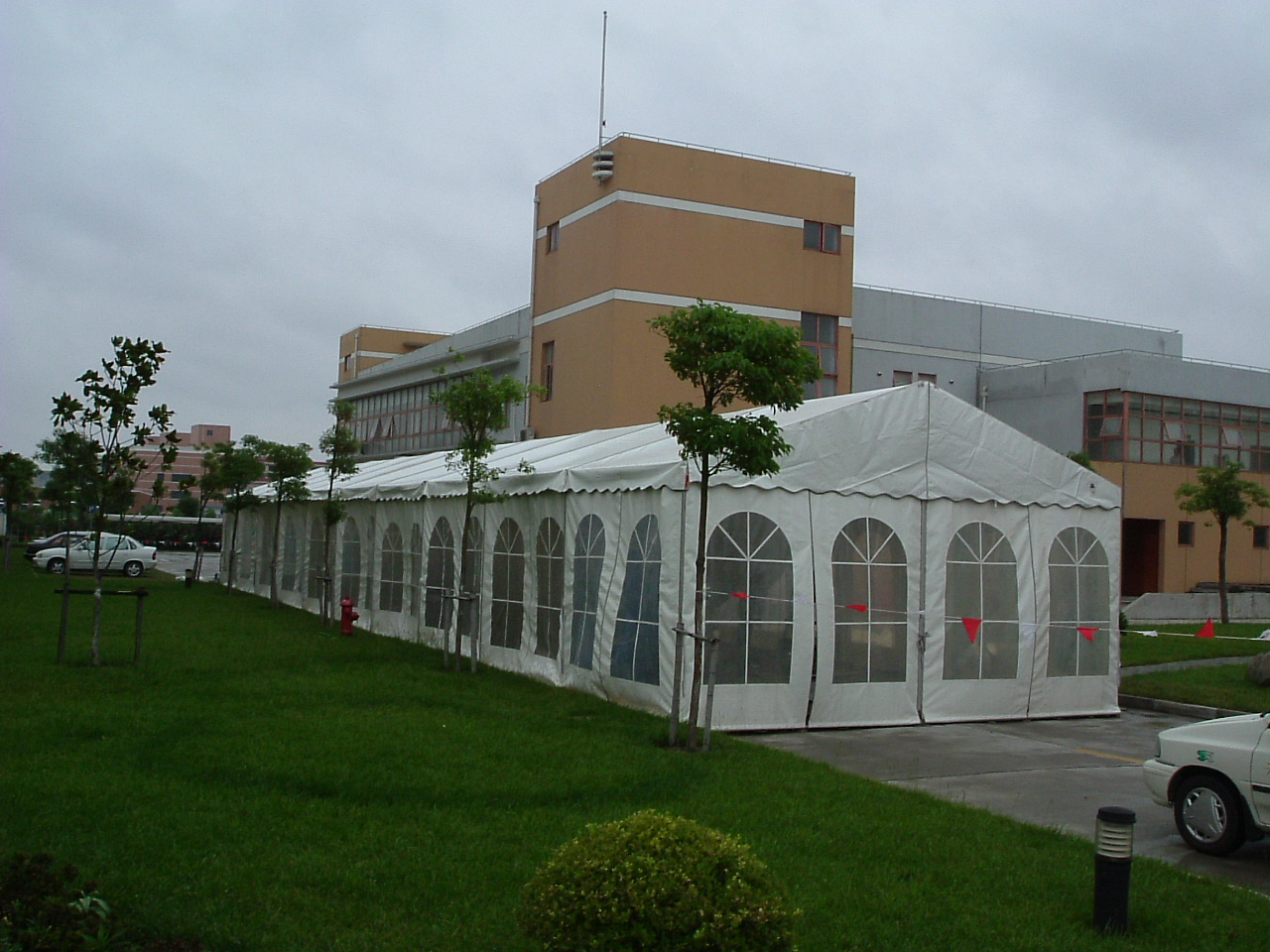 outdoor commercial tent