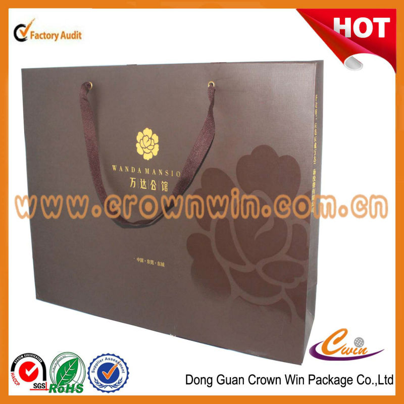 2013 luxury packaging paper bag with spot UV logo