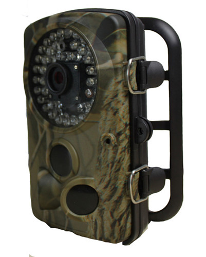 Waterproof MMS GSM Scouting Cameras 160mA(+500mA when IR LED Lights Up)