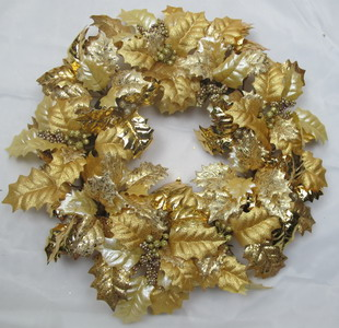 Holly leaf wreath