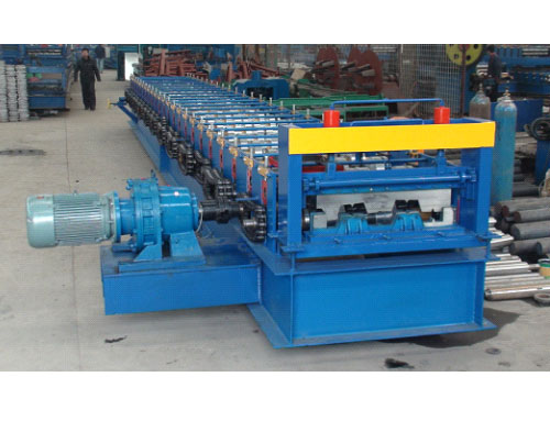 Floor deck roll forming machine 4