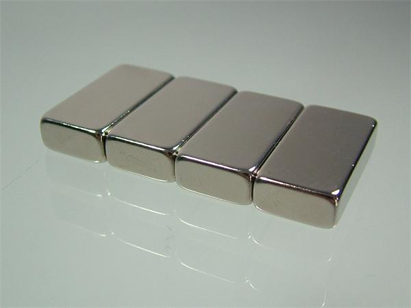 Super Strong NdFeB Nickel flat rectangular magnets 30*20*10mm