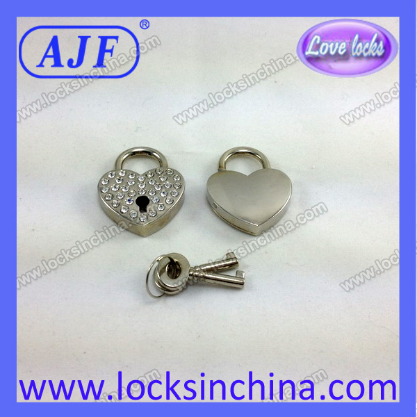 Heart Shaped Silver Rhinestone padlock