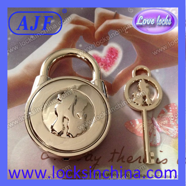 Beautiful ingot lock for lovers good price small MOQ