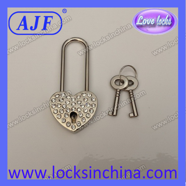 Love Heart Shaped Silver Rhinestone padlock as festive gifts