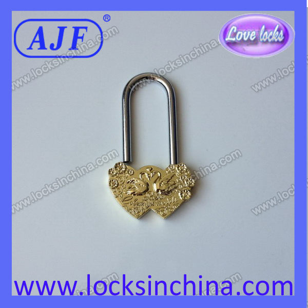 Beautiful Double swan Heart Love Padlock for festive gifts