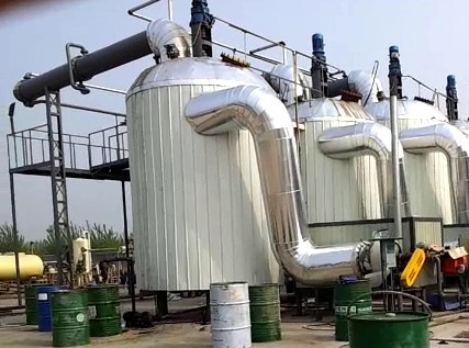 Vessel type waste motor oil recycling equipment