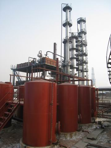Used motor oil cracking unit for diesel production