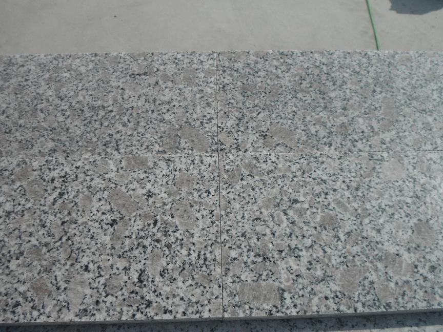 granite tiles 600x300x20mm with competitive price and strong packing