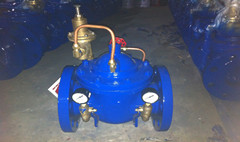 Direct acting or pilot operated type pressure reducing valves