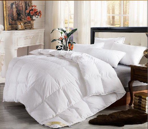 Cheap Wholesale Washed white/grey goose/duck feather/down quilt duvet comforter