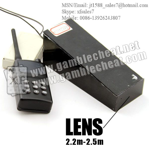 Black box long distance camera lens for poker analyzer