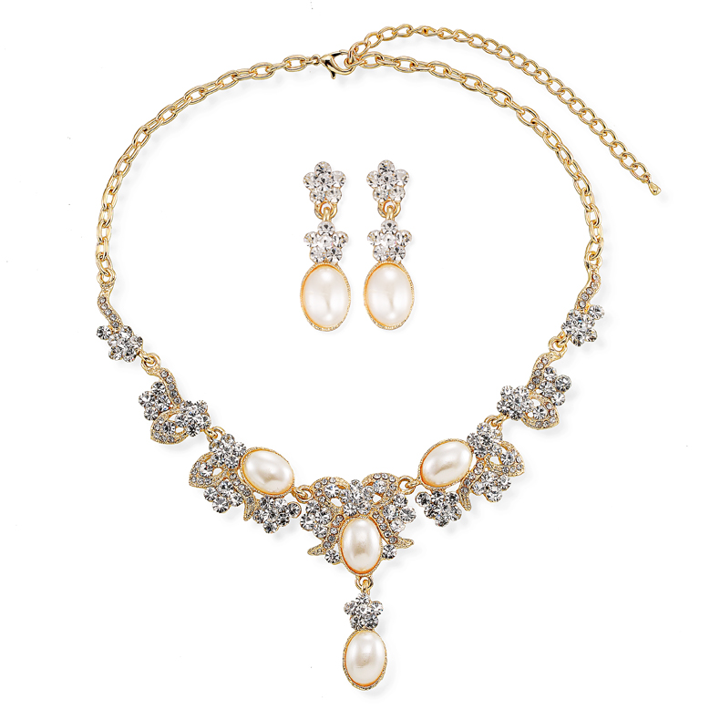 Small pearl jewelry necklace set