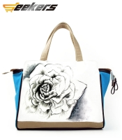 characteristics Ethnic wind hand-painted canvas bag