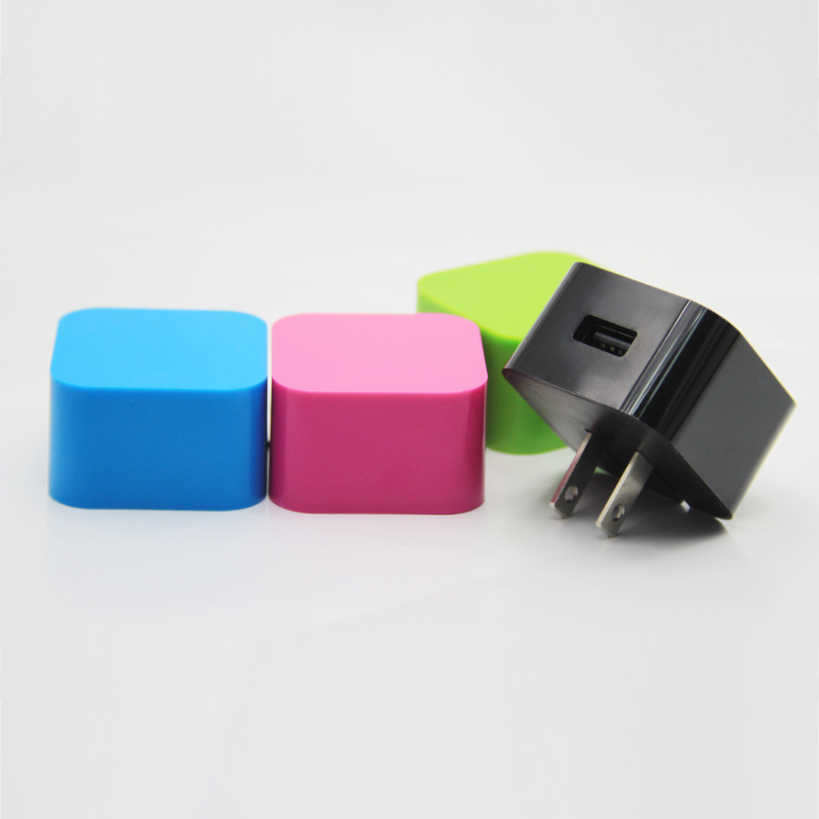 2014 New arrival travel charger