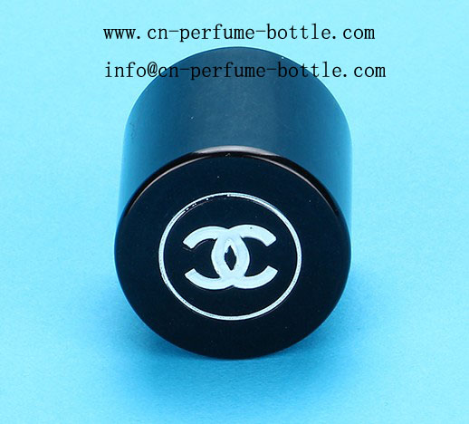 magnet cap with black perfume bottle from china glass bottle factory