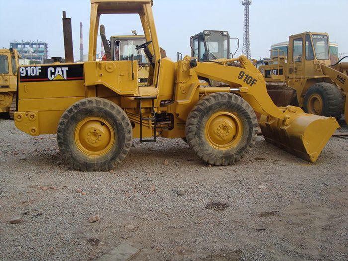 used cat loader 910F caterpillar 910F
