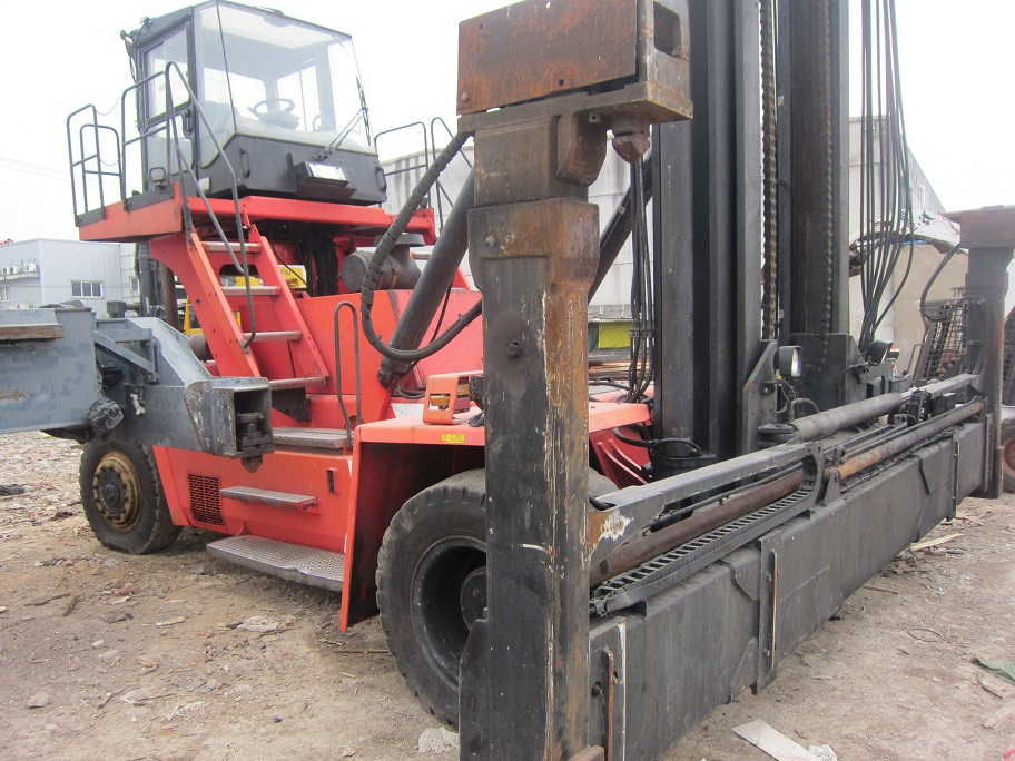 used kalmar container stacker DCE80-45E7