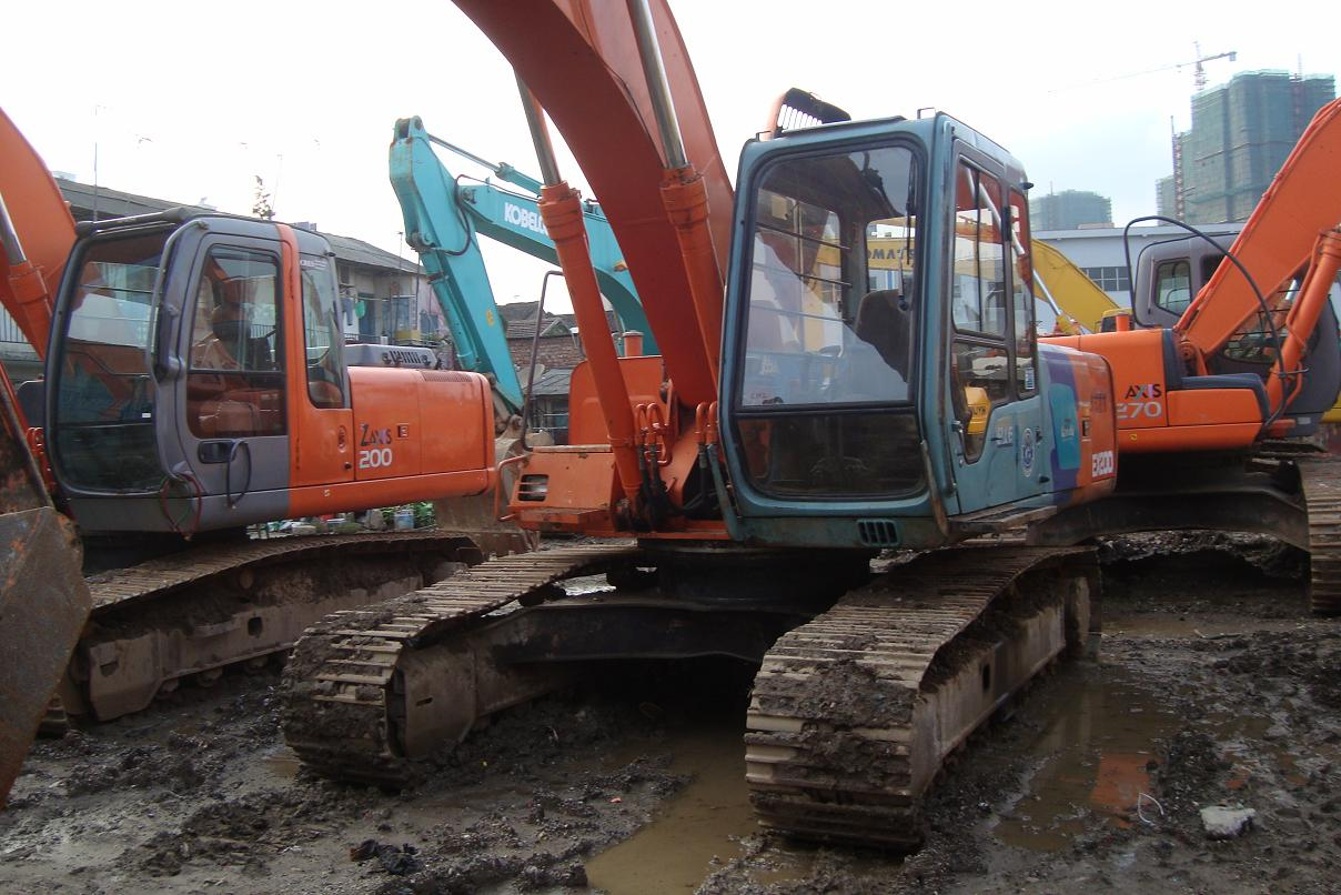 used hitachi excavaator ex200-2 hitachi ex200-2