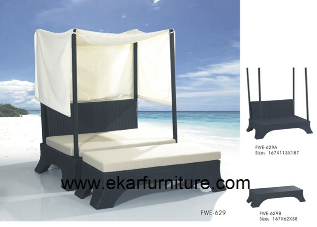 Garden bed with cushions wicker bed FWE-629