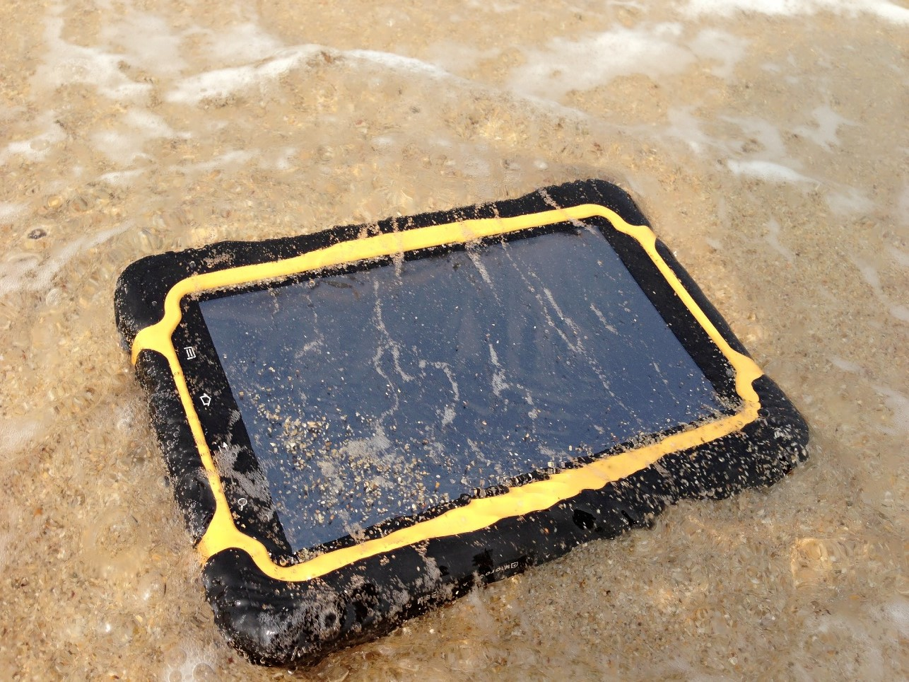 Industiral rugged tablet for outdoor work