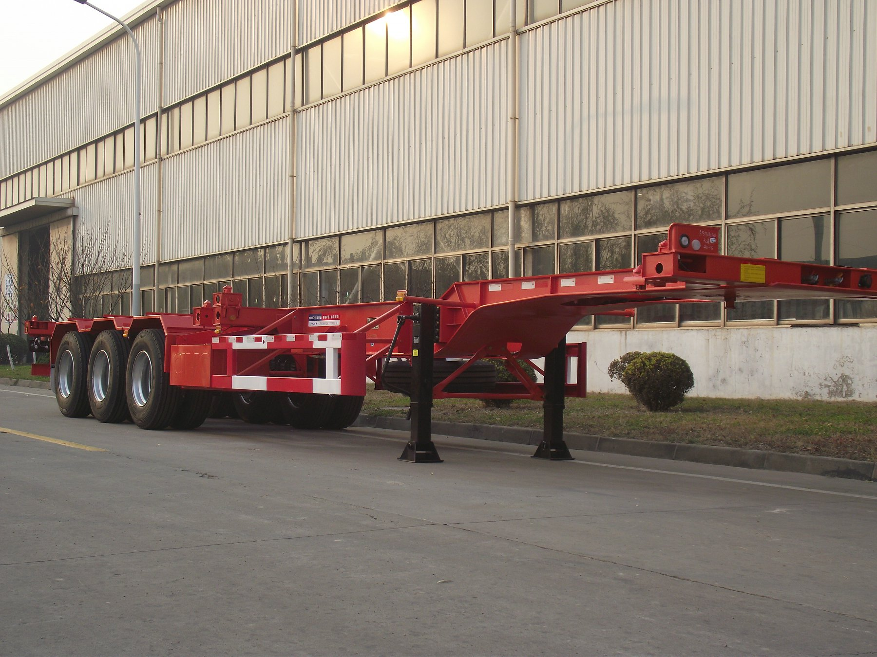 40'GN chassis with three axles