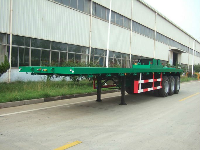QINGDAO CIMC TRAILER /13m flatbed semitrailers with 3 axles