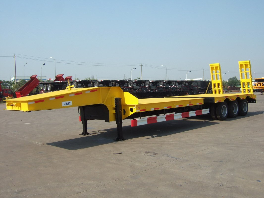 Low Bed Trailer With Hydraulic Gooseneck