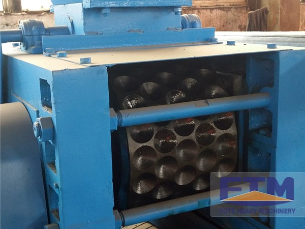 New Design Charcoal Briquetting Machine/Charcoal Briquette Machine/Charcoal Briquette Press