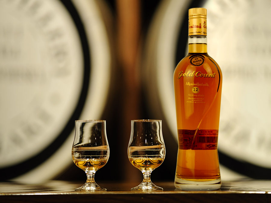 GOLD COUNT WHISKY