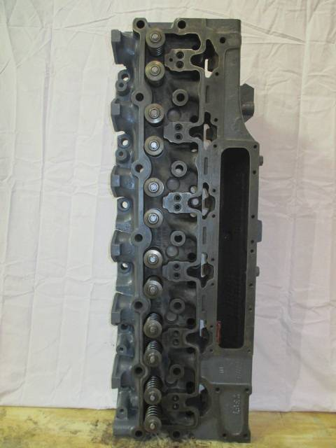 Cummins 6CT59L Cylinder head