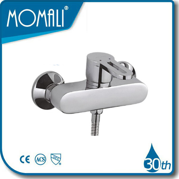 water efficient shower heads P25576