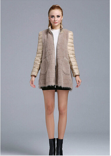 The new women's upset knitting long sable hair joker coat