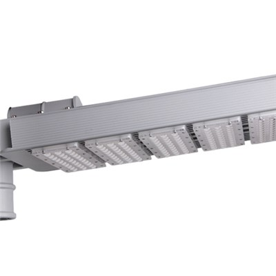 Wide Voltage LED Street Light