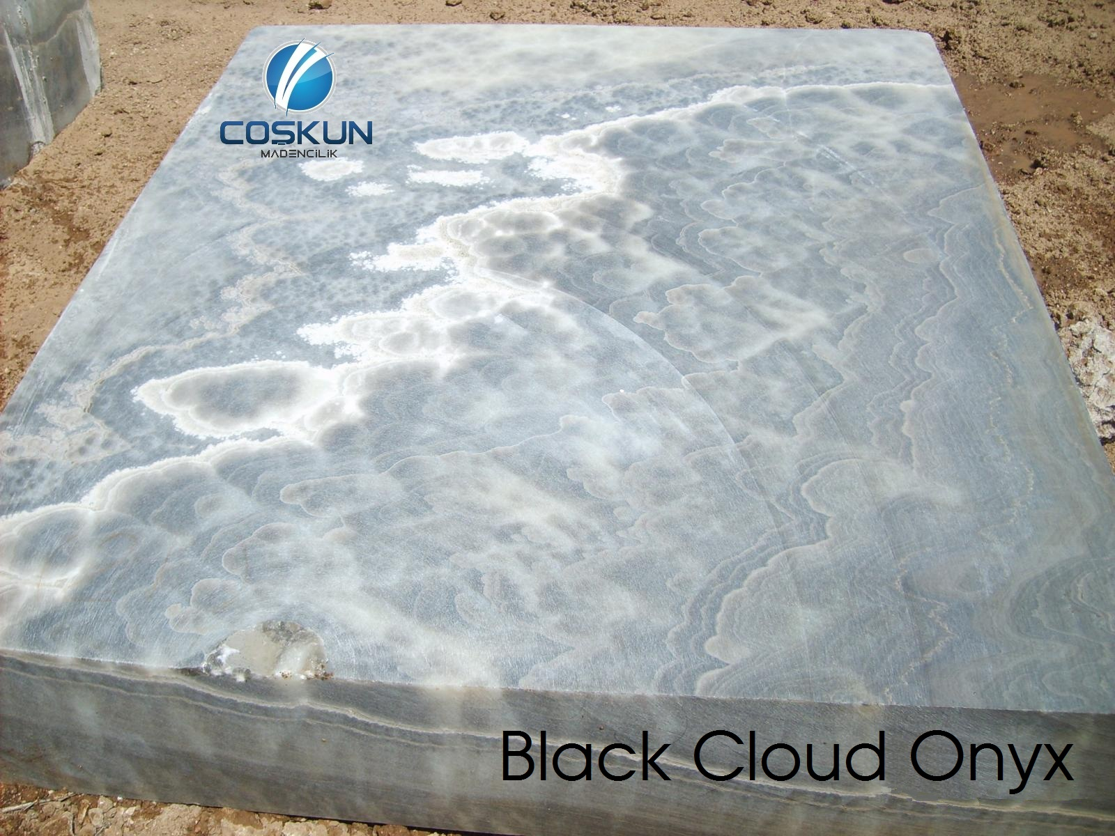 Black Cloud Onyx - Blocks & Slabs