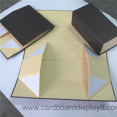 Foldable Paper Boxes with Magnet Closure